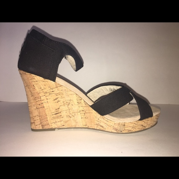 792c8804535 Tom s black canvas cork women s strappy wedges
